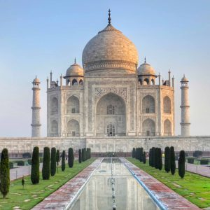A Walk Around of Indian Travel and Tourism Industry