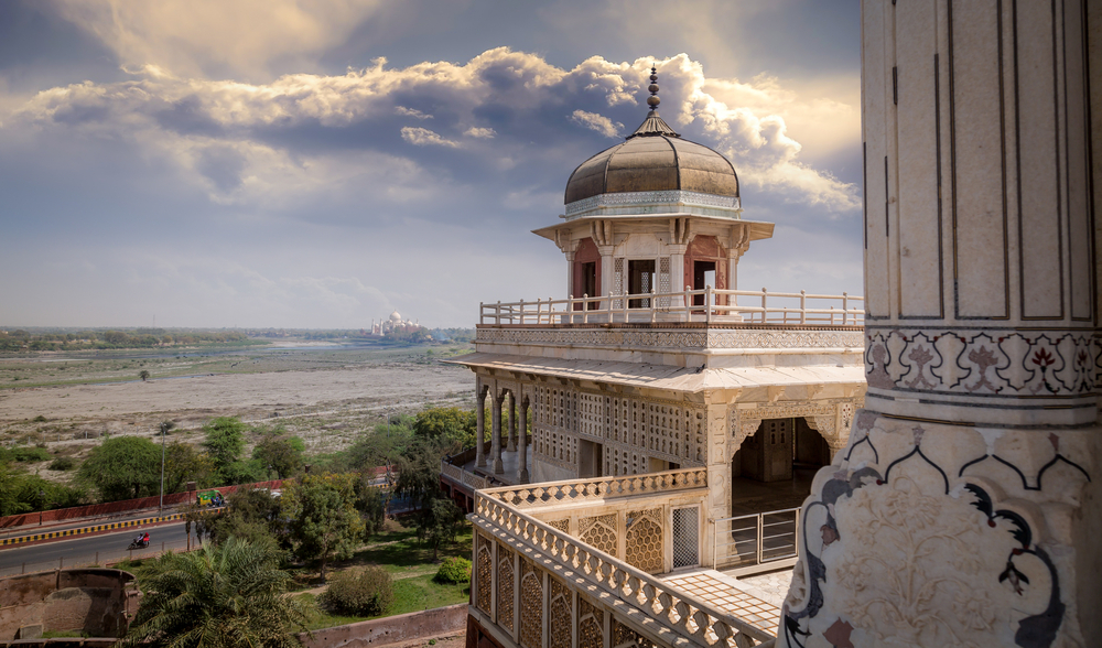Tourist Places to Visit in Agra City