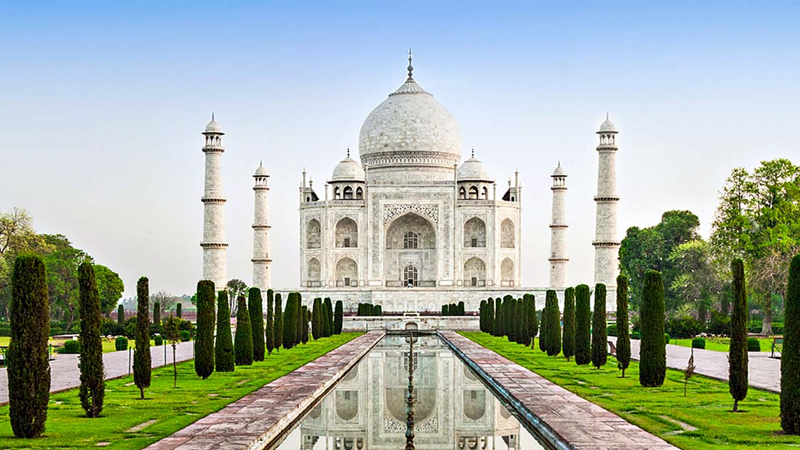 Same Day Exotic Agra Tour by Superfast Train